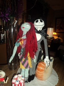 Jack and Sally greeting on the bar