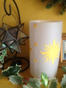 Mantle 3 sided lantern