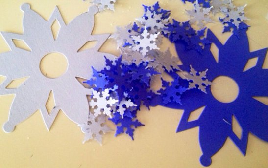 Large and small snowflake die cuts...