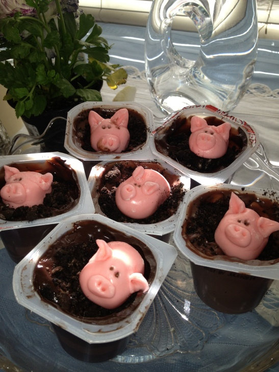 Fondant Pigs in the Mud -- over chocolate pudding...